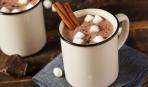 Пряное какао с палочкой корицы - и пусть весь мир подождет!