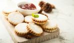 Печенье на кефире с вареньем - просто и вкусно