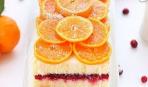Цитрусовый пирог с клюквенной начинкой