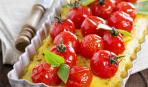 Полента с моцареллой и помидорами