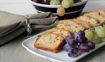 Закусочный хлеб с лососем и анчоусами