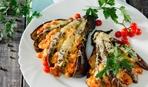 """Баклажаны """"Веера"""": запеченные с овощами и сыром"""