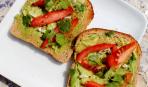 Как с пользой питаться в жару: сбалансированный завтрак