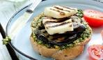 Бутерброд с баклажаном и сыром