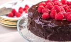 """""""Шокирующий"""" шоколадный торт - без сахара и муки"""