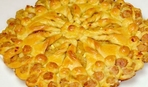 """Пирог """"Плетенка"""" с капустой и колбасками - готовим в удовольствие"""
