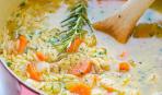 Куриный суп с лимоном и пастой