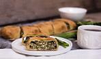 """Закусочный """"Зеленый штрудель"""" на Троицу: пошаговый рецепт"""