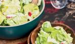 Пикантный салат из редиса с имбирным соусом