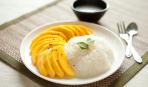Рис с манго и кокосовым соусом