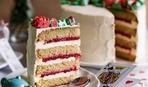 """Современные десерты: торт """"Миндально-клубничное чудо"""""""