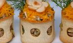 Салат с языком в хлебных корзинках