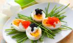 Изысканная закуска: перепелиные яйца с икрой