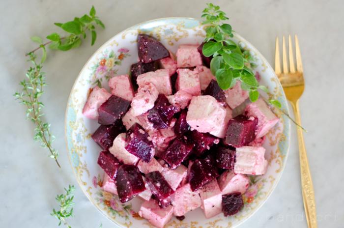 Салат из свеклы (более 100 рецептов с фото) - рецепты с фотографиями на Поварёнок.ру