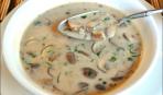 Суп из петрушки и лисичек
