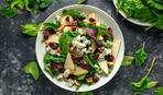 Салат с сыром и грушей под медово-ягодной заправкой