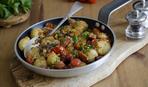 Запеченный картофель со скумбрией и хреном