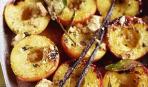 Персики гриль с бренди