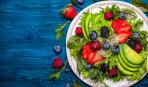 ТОП-5 самых вкусных салатов с клубникой
