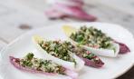 Восточный салат: необычный табуле в лодочках из пекинской капусты