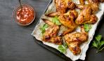Крылышки в медово-соевом соусе - готовятся просто, а вкус на миллион!
