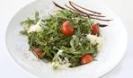 Вкуснейший салат из авокадо, грибов и помидоров