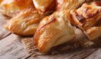 Пирожки с грибами и беконом по-итальянски.