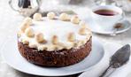 """Британський шеф-кухар Люсі Варнава приготувала """"Мамин торт"""" в студії Сніданку"""