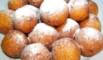 Что приготовить на десерт: творожные пончики во фритюре