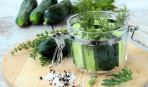 Классический рецепт приготовления малосольных огурцов