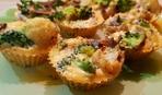 Омлетные маффины с брокколи и грибами