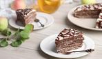 """Простий і смачний: торт з шоколадних млинців """"Стопка"""""""