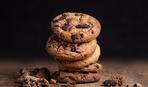Домашнее печенье с орехами, изюмом и шоколадом