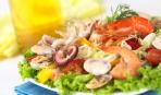 Супер полезный в холодное время: салат из морепродуктов