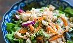 Азиатский салат с лапшой соба
