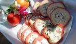 Закуска на миллион: перцы фаршированные творогом, колбасой и оливками