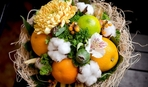 10 потрясающих идей праздничных букетов из фруктов и овощей к 8 марта