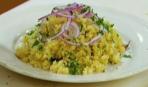 Салат с кус-кусом и сушеной клюквой