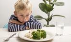 Как убедить ребенка есть полезные продукты