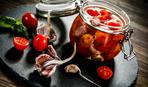 Аппетитные половинки: помидоры на зиму в пряном маринаде