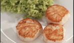 Морские гребешки с зелёным королевским рисом