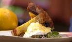 Спаржа на гриле с яйцами-пашот