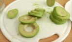 Шницель из авокадо с сыром