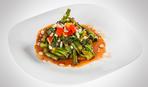 Салат с баклажанами и спаржей