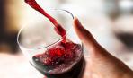 Не вижу повода не выпить: о влиянии красного вина на глаза