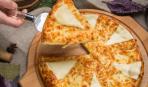 Просто находка: пирог с плавленным сыром (за 6 минут в микроволновке)