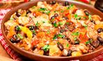Идея ужина: фасоль с куриной грудкой в томатном соусе