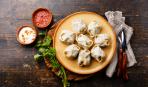 Пельмени по-весеннему: с зеленым луком, яйцами и фасолью