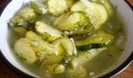 Салат из перезрелых огурцов