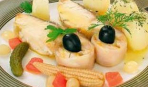 Молодой картофель с лососем